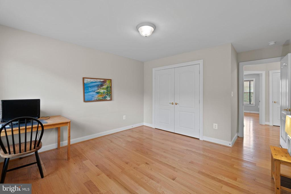 BEDROOM 3  / WOOD FLOORS - 108 HIGH RIDGE DR, STAFFORD