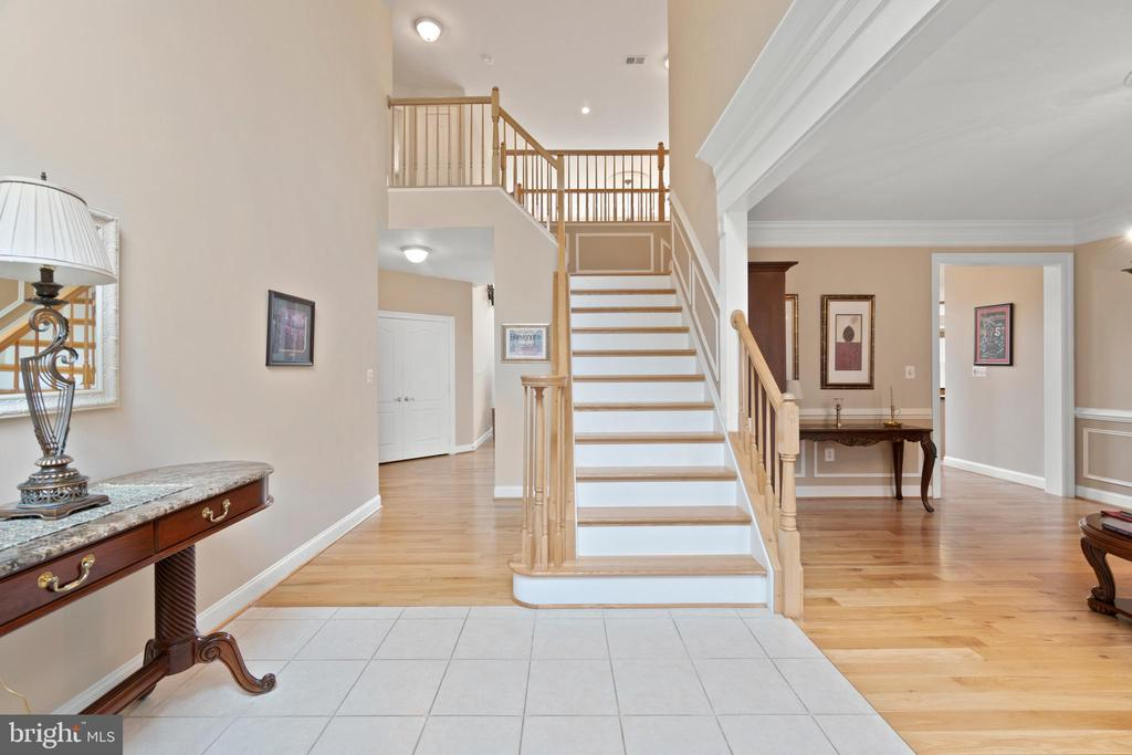 INVITING FOYER - 108 HIGH RIDGE DR, STAFFORD