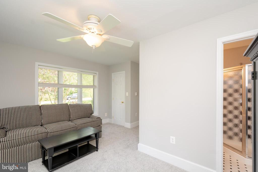 Extra Wing can be used as  Rec Room/In-Law Suite - 12984 PINTAIL RD, WOODBRIDGE