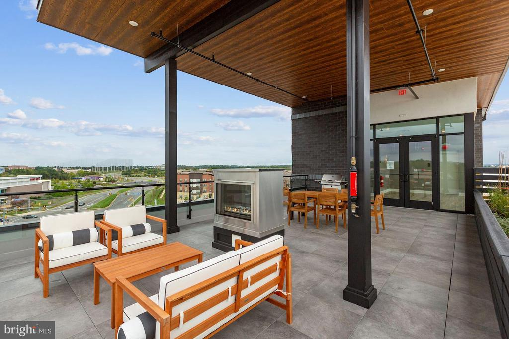 Rooftop Terrace - 44691 WELLFLEET DR #407, ASHBURN