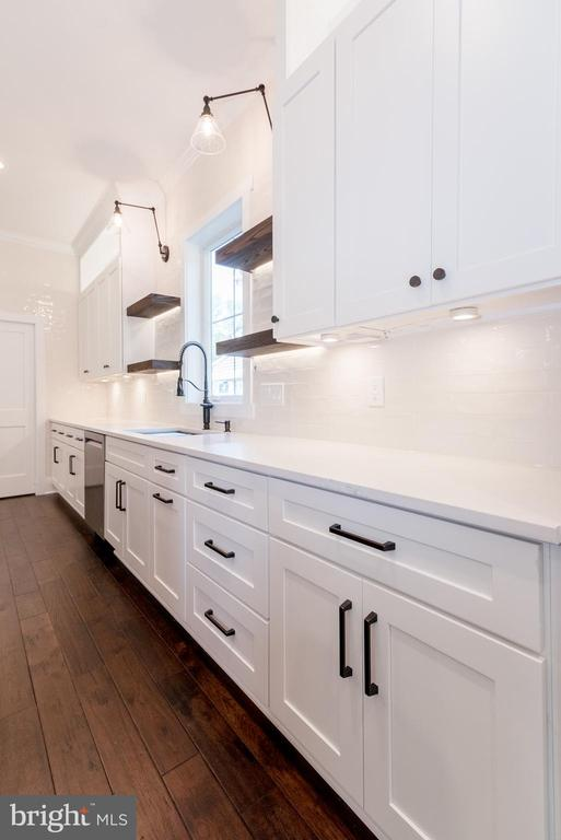 sample photo from previous home built - 1008 COTTAGE ST SW, VIENNA