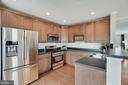 Newer Stainless appliances (3 years old) - 18504 PINEVIEW SQ, LEESBURG