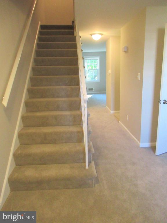 Stairs to 3rd Level - 20 S ABINGDON ST, ARLINGTON