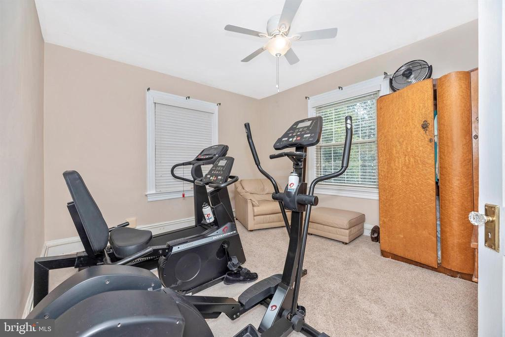 2nd Floor Apartment-Bedroom 1 - 316 W COLLEGE TER, FREDERICK