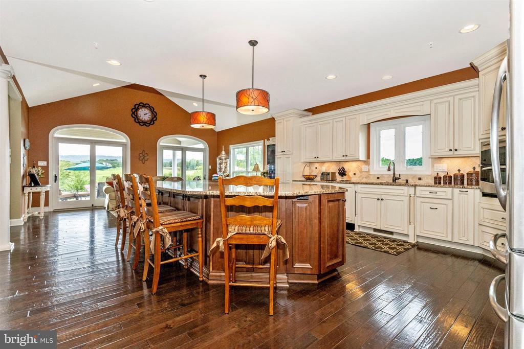 Gourmet Kitchen - 2635 QUEBEC SCHOOL RD, MIDDLETOWN
