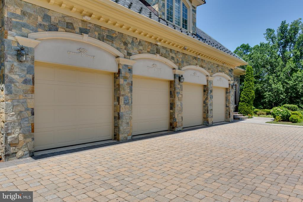 4-Car Garage - 6822 GEORGETOWN PIKE, MCLEAN