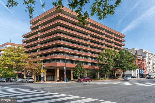2555 PENNSYLVANIA AVE NW #411