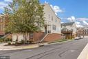 - 42311 CAPITAL TERRACE, CHANTILLY