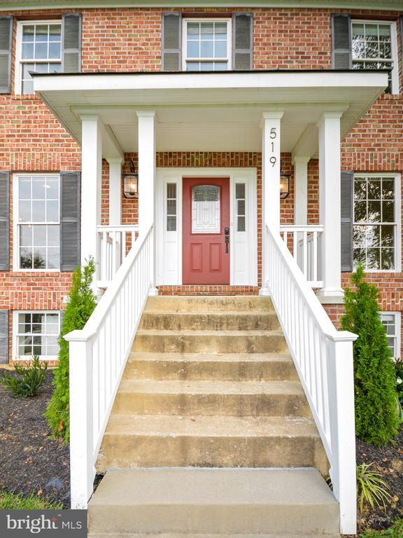 Welcome Home - 519 W MAIN ST, MIDDLETOWN