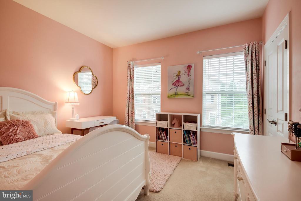 Guest Bedroom 1 - 20287 CENTER BROOK SQ, STERLING