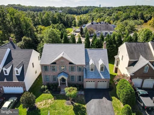 4615 BEAUFONT SPRING CT