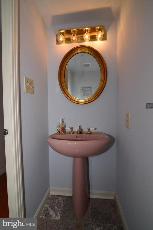 Main level powder room - 11137 GLADE DR, RESTON