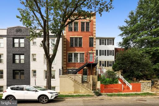 787 IRVING ST NW #1