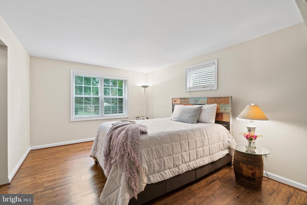 Lower level 5th bedroom/den - 46476 MONTGOMERY PL, STERLING