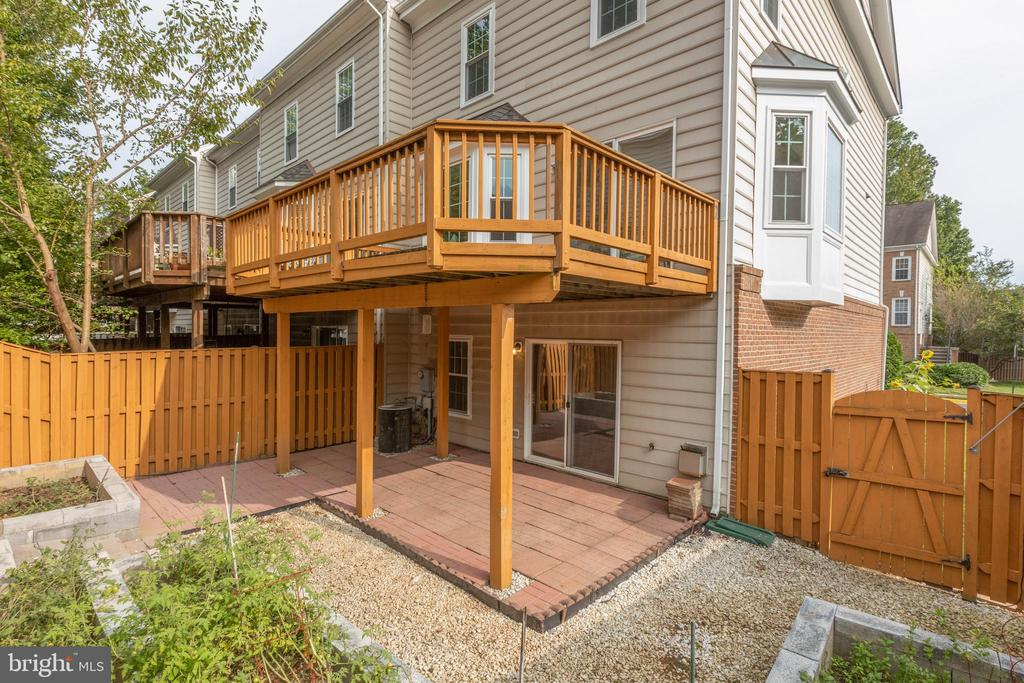 - 4772 BIDEFORD SQ, FAIRFAX