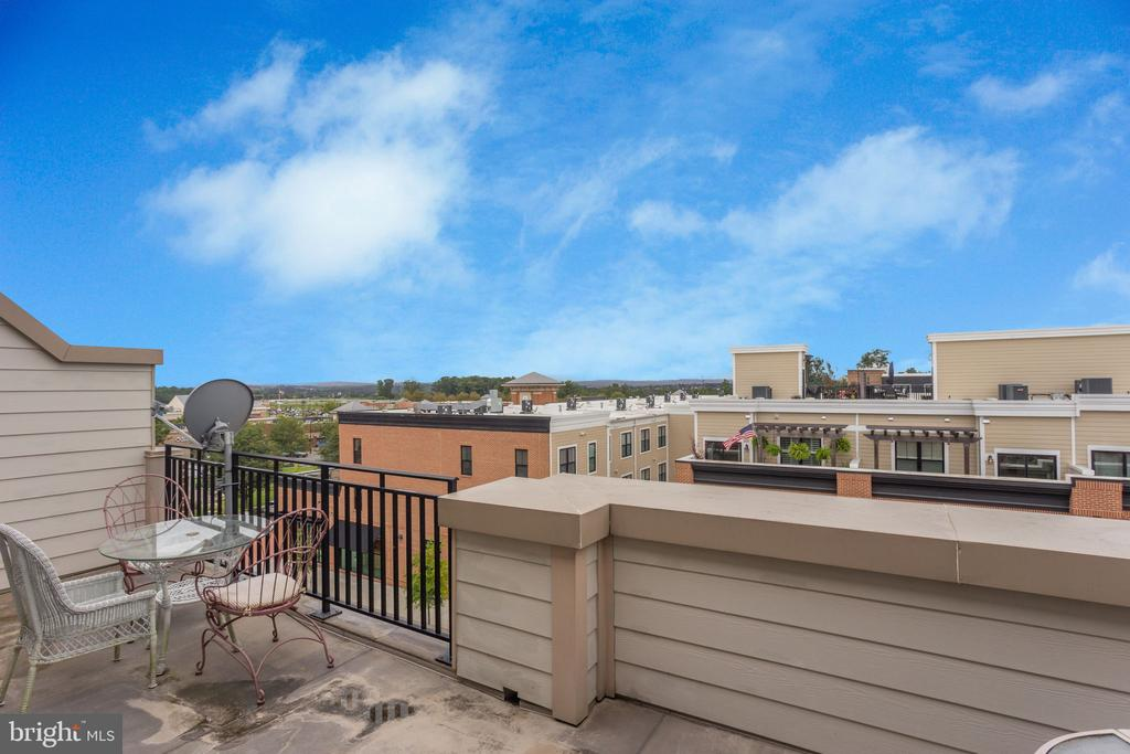 View from 4th level - 19347 NEWTON PASS SQ, LEESBURG