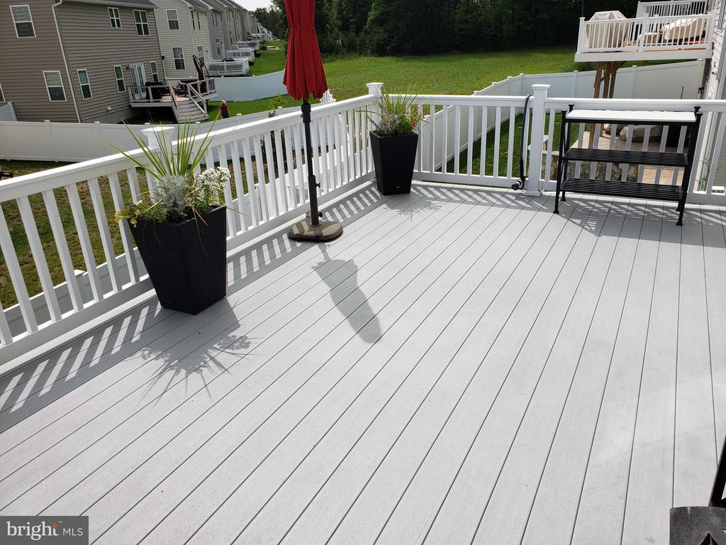 DECK OUT OF MAIL LEVEL - 12409 MAYS QUARTER RD, WOODBRIDGE