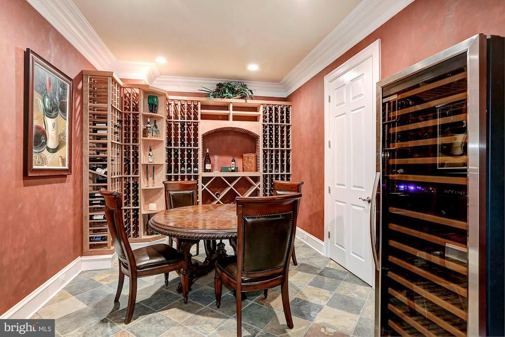 Wine cellar and tasting room - 8225 WOLF RUN SHOALS RD, CLIFTON