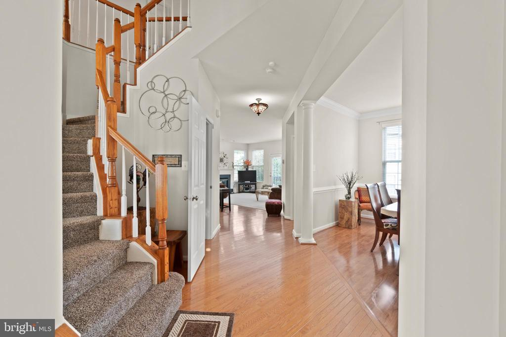 Foyer - 9434 STILSON DR, MANASSAS