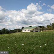 Single Family Homes للـ Sale في Elk Garden, West Virginia 26717 United States