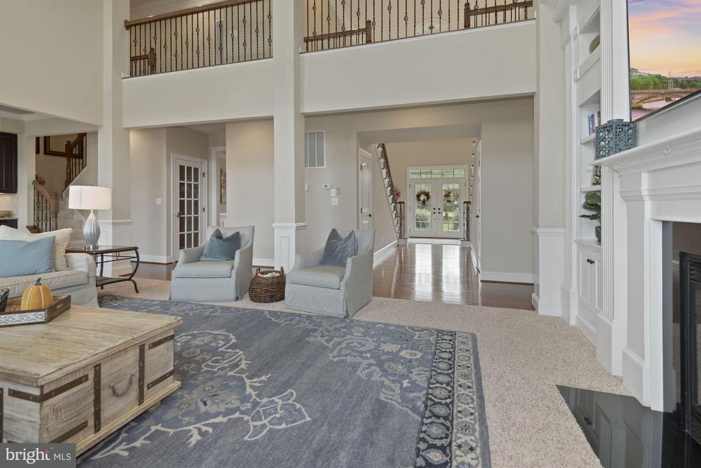View from family room to hallway and foyer - 20669 PERENNIAL LN, ASHBURN