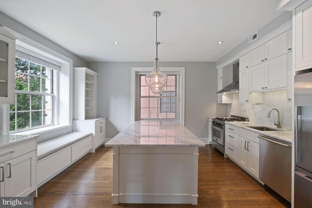 A Cooks Kitchen will Bring Delight - 1801 16TH ST NW #105, WASHINGTON