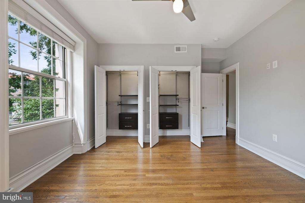 Built in Closet Space - 1801 16TH ST NW #105, WASHINGTON