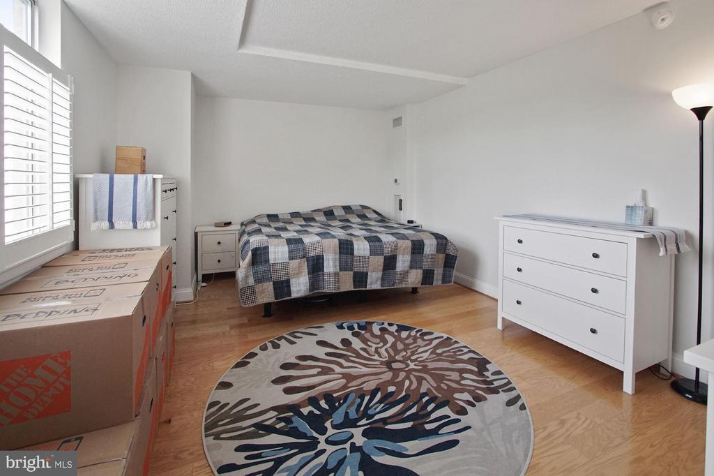 Primary bedroom - 501 SLATERS LN #123, ALEXANDRIA