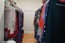 Walk-in closet - 501 SLATERS LN #123, ALEXANDRIA