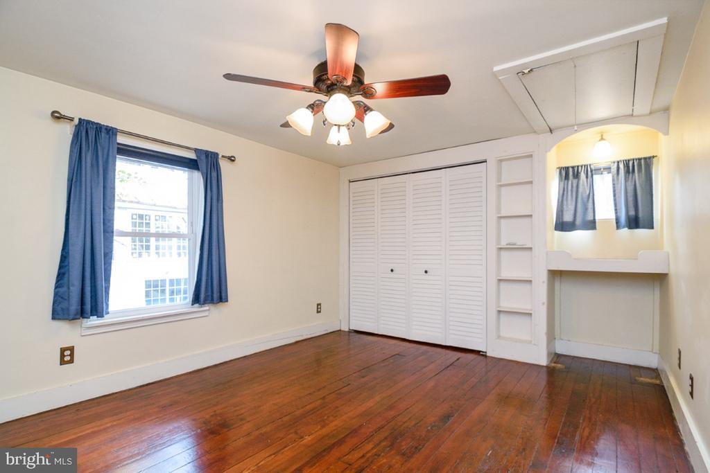 Primary Bedroom with large closet - 3635 BUCKEYSTOWN PIKE, BUCKEYSTOWN