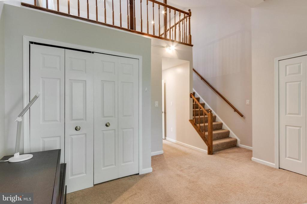 Master bedroom to loft - 3 JEREMY CT, STERLING