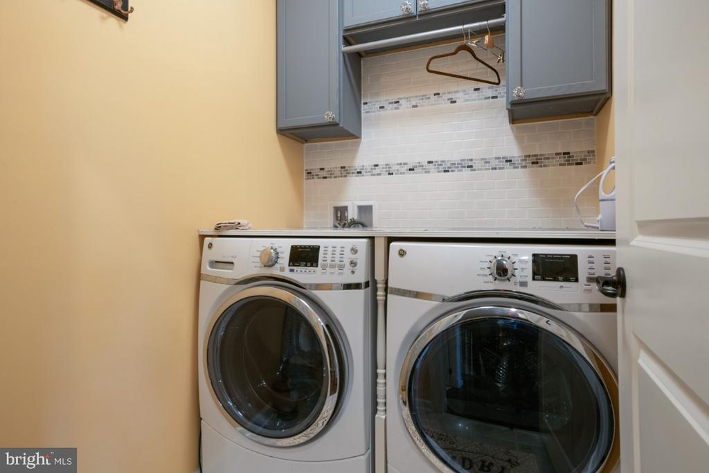 Laundry on 3rd floors near sleeping rooms - 13730 SENEA DR, GAINESVILLE