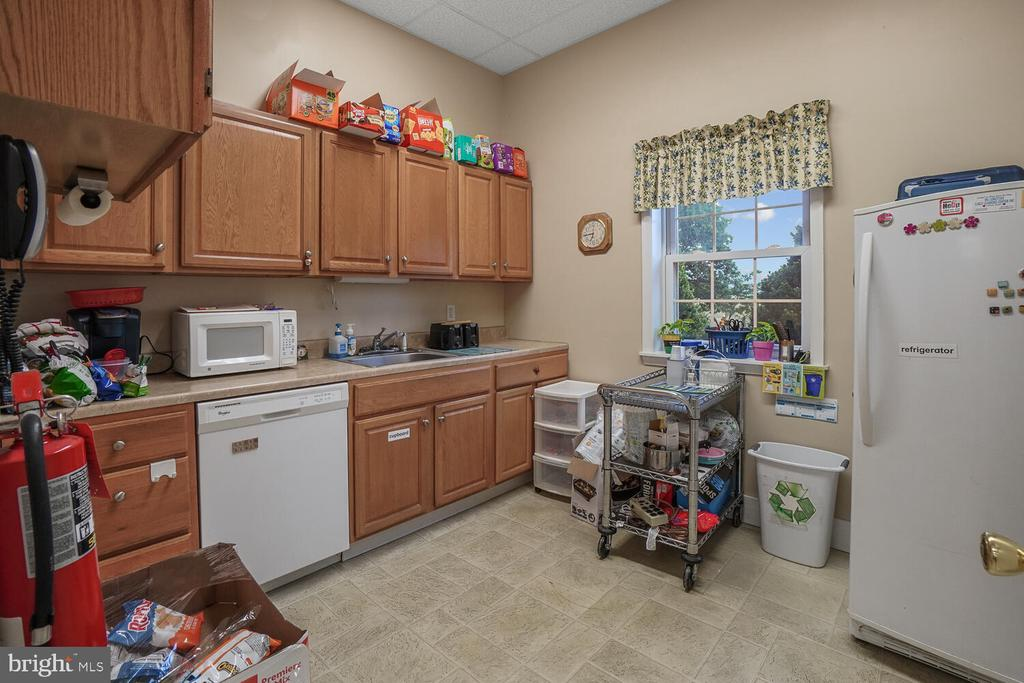 Kitchen in Learning center/daycare - 11829 CASH SMITH RD, KEYMAR