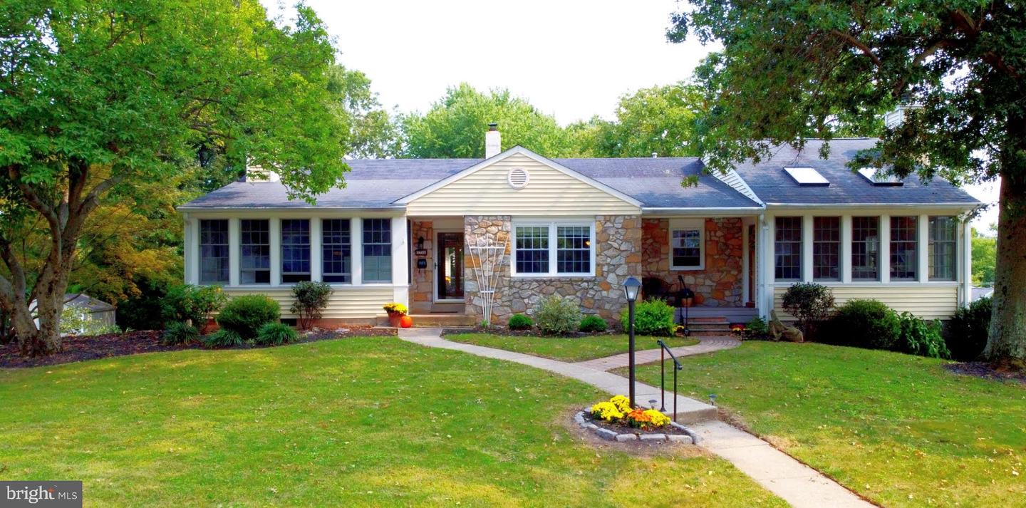 Single Family Homes for Sale at Dresher, Pennsylvania 19025 United States