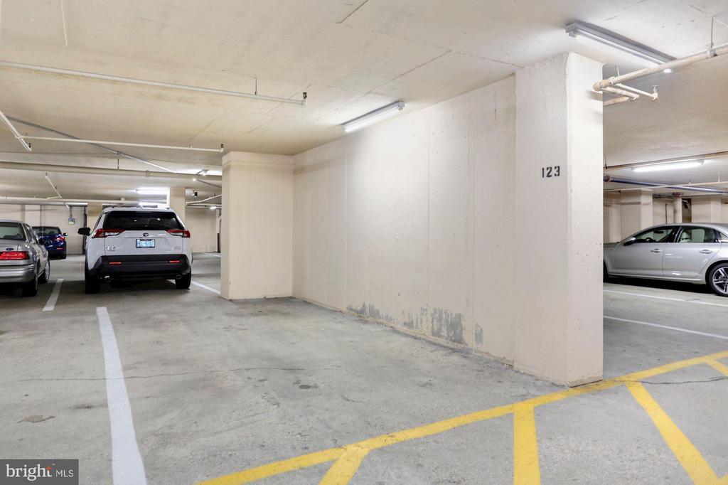 Large parking spot conveys! - 1600 N OAK ST #308, ARLINGTON
