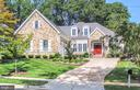 - 117 COURTHOUSE RD SW, VIENNA