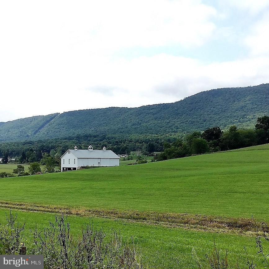 Single Family Homes 為 出售 在 Everett, 賓夕法尼亞州 15537 美國