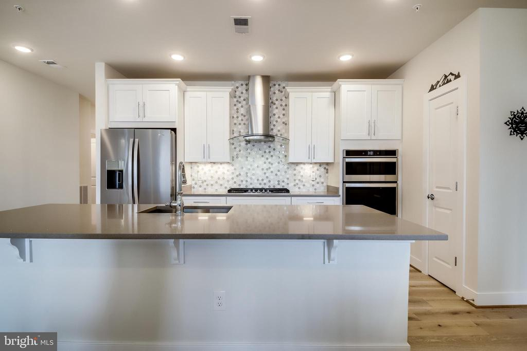Custom Range Hood - 11200 RESTON STATION BLVD #402, RESTON