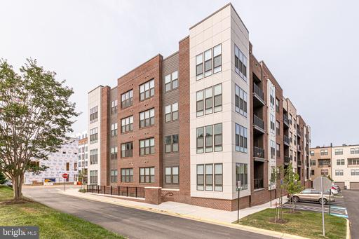 11200 RESTON STATION BLVD #402
