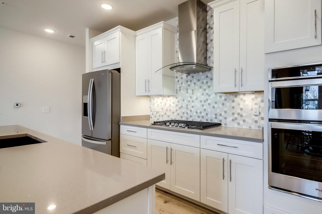 Whirlpool Stainless Appliances - 11200 RESTON STATION BLVD #402, RESTON