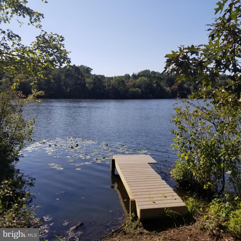 Single Family Homes pour l Vente à Bridgeton, New Jersey 08302 États-Unis