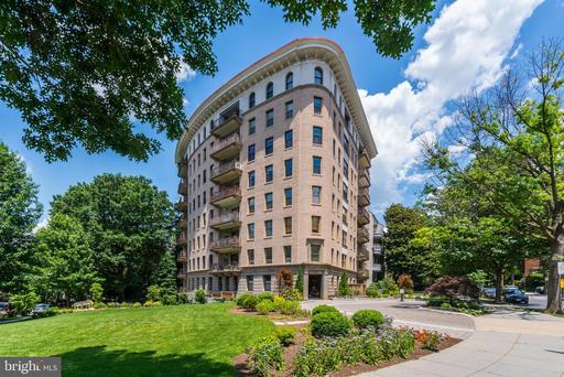 2301 CONNECTICUT AVE NW #3C