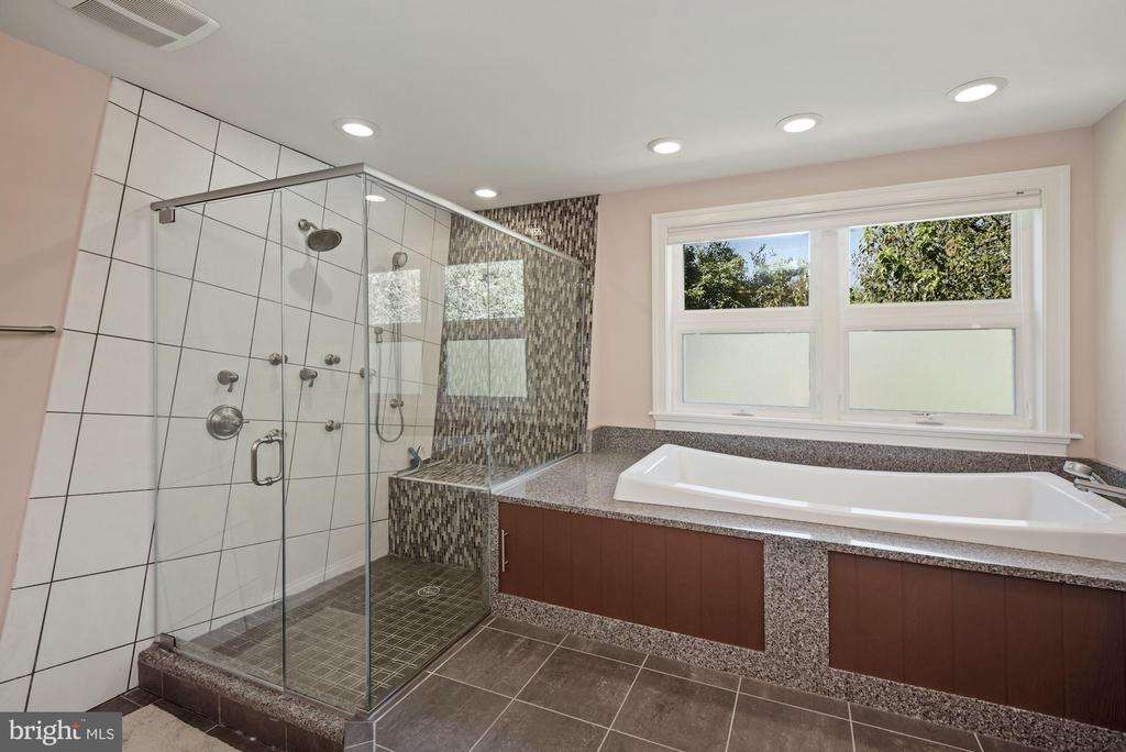 Owner's Bath with Soaking Tub and Shower - 1903 KERMIT RD, SILVER SPRING
