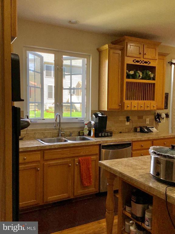 Open kitchen - 24784 HIGH PLATEAU CT, ALDIE