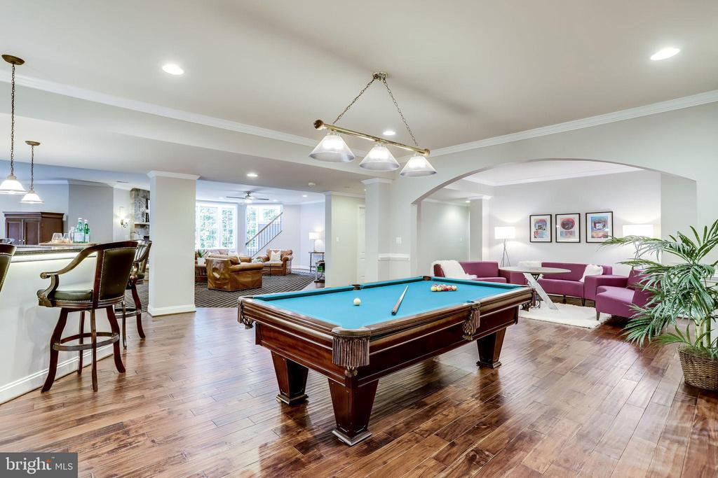 Game area with billards table - 2124 POLO POINTE DR, VIENNA