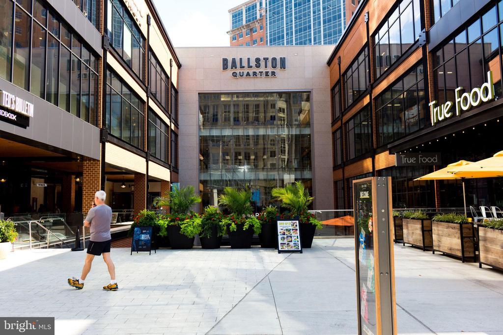 Ballston Quarter - Shops, Movies, Eateries - 888 N QUINCY ST #512, ARLINGTON