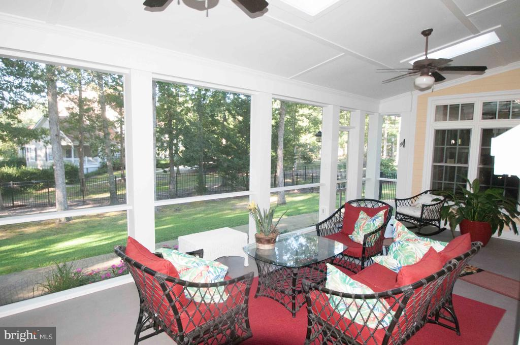 Screened Porch off Great Room - 11918 SANDY HILL CT, SPOTSYLVANIA