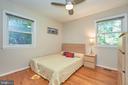 Secondary bedroom main level - 105 PATRICK ST SW, VIENNA