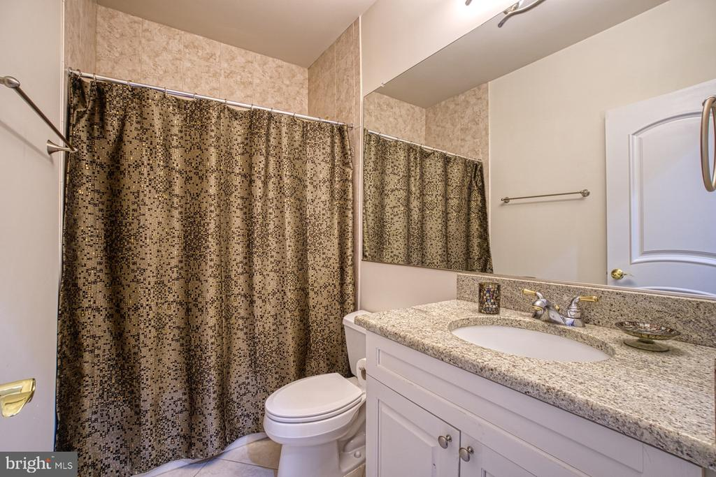 Lower Level bath - 40163 BEACON HILL DR, LEESBURG