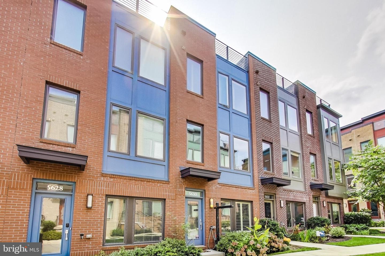 Single Family Homes 為 出售 在 Hyattsville, 馬里蘭州 20781 美國